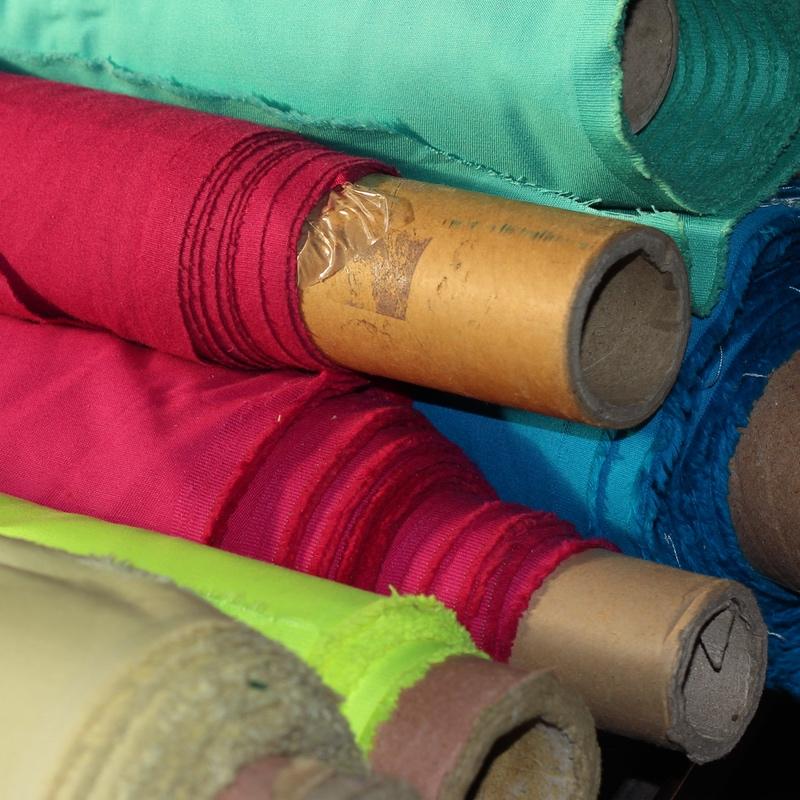 Diferentes Cores de Tecidos para Acessórios de moda