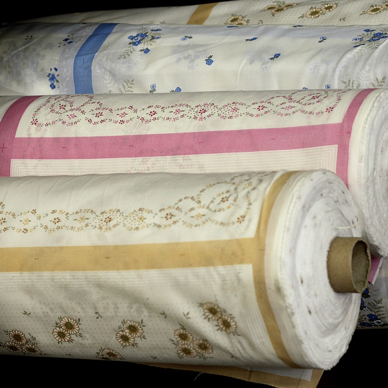Exemplo de Tecidos em Rolos